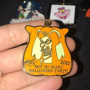 Disney Halloween 2015 Jafar Pin I GLOW